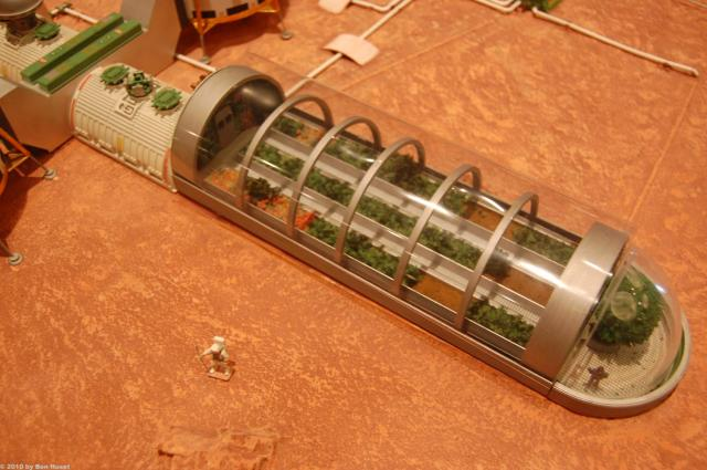 Mars base model by Kevin Atkins _07